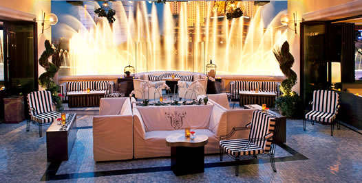 Hyde_VIP_Tables_Fountain