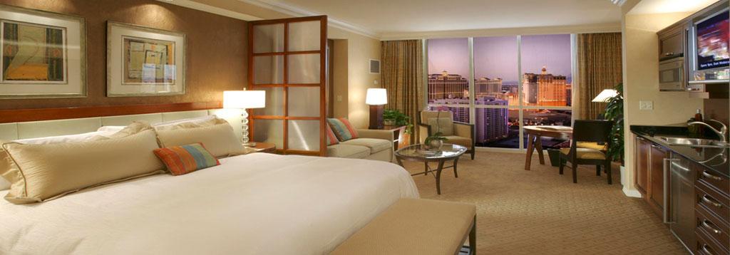 Las vegas signature 1 2 bedroom suite deals for 4 bedroom suite las vegas strip