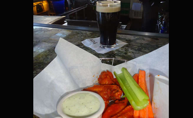 Nine Fine Irishmen Wings & Beer Happy Hour
